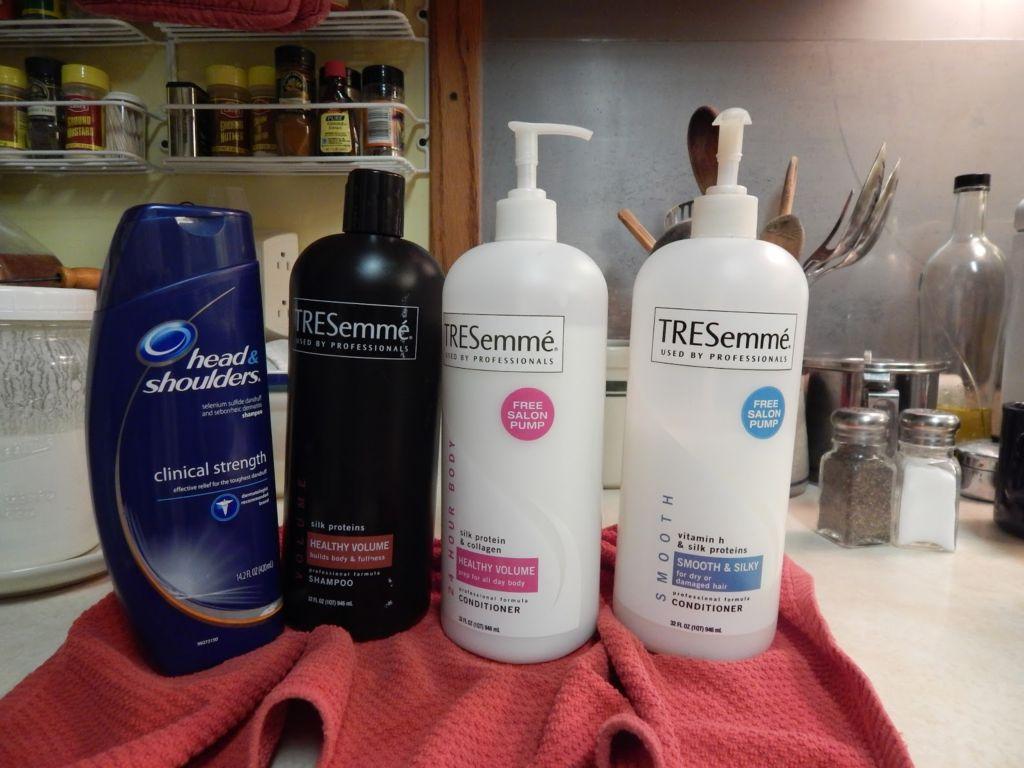 how to use selenium sulfide shampoo